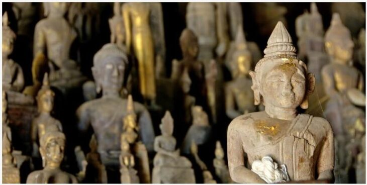 4000 Buddha statues in Pak Ou Caves