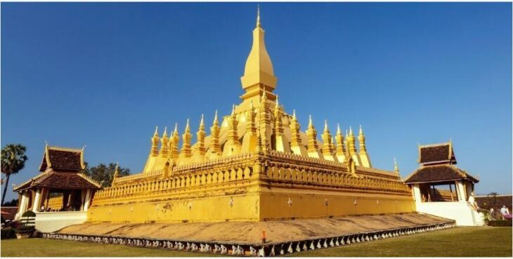 Sightseeing in the capital Vientiane